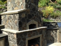 Basalt Thin Veneer Outdoor Fireplace/Pizza Oven.jpg