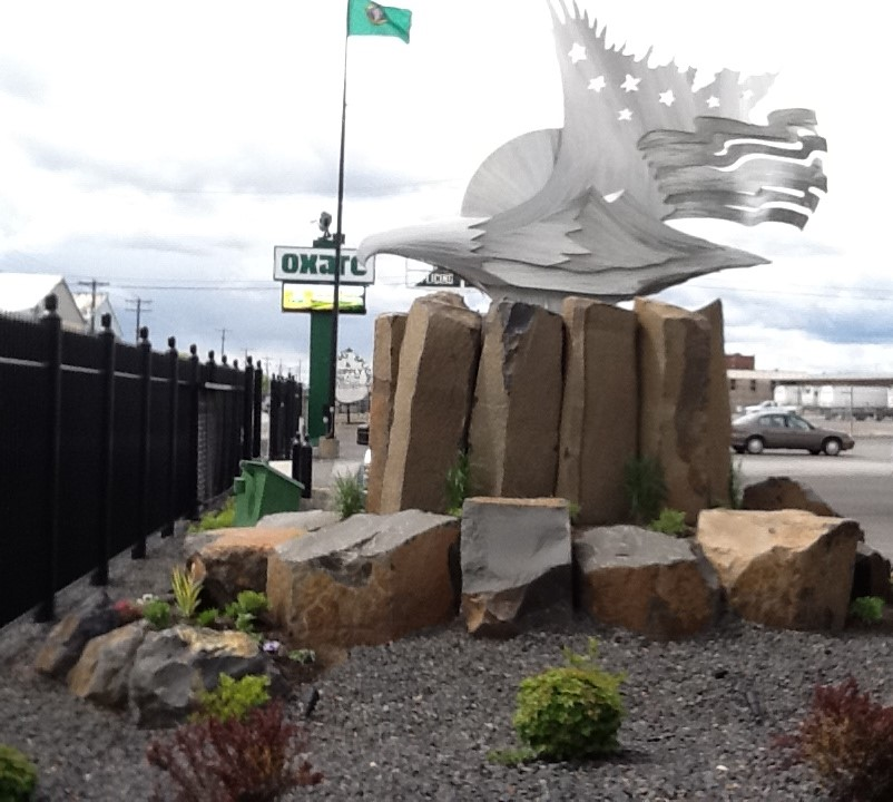 Landscape Commercial Sign: Sign Rocks And Commercial Applications